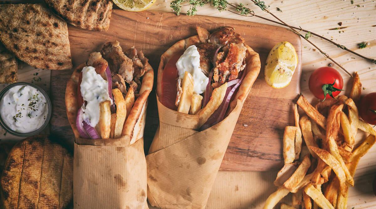 Jedzenie kebaba w Wołominie